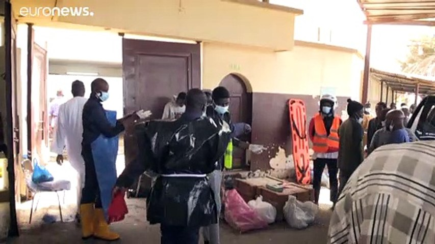 شاهد: متطوعون سنغاليون يؤمنون دفنا لائقا لمتوفين مجهولي الهوية