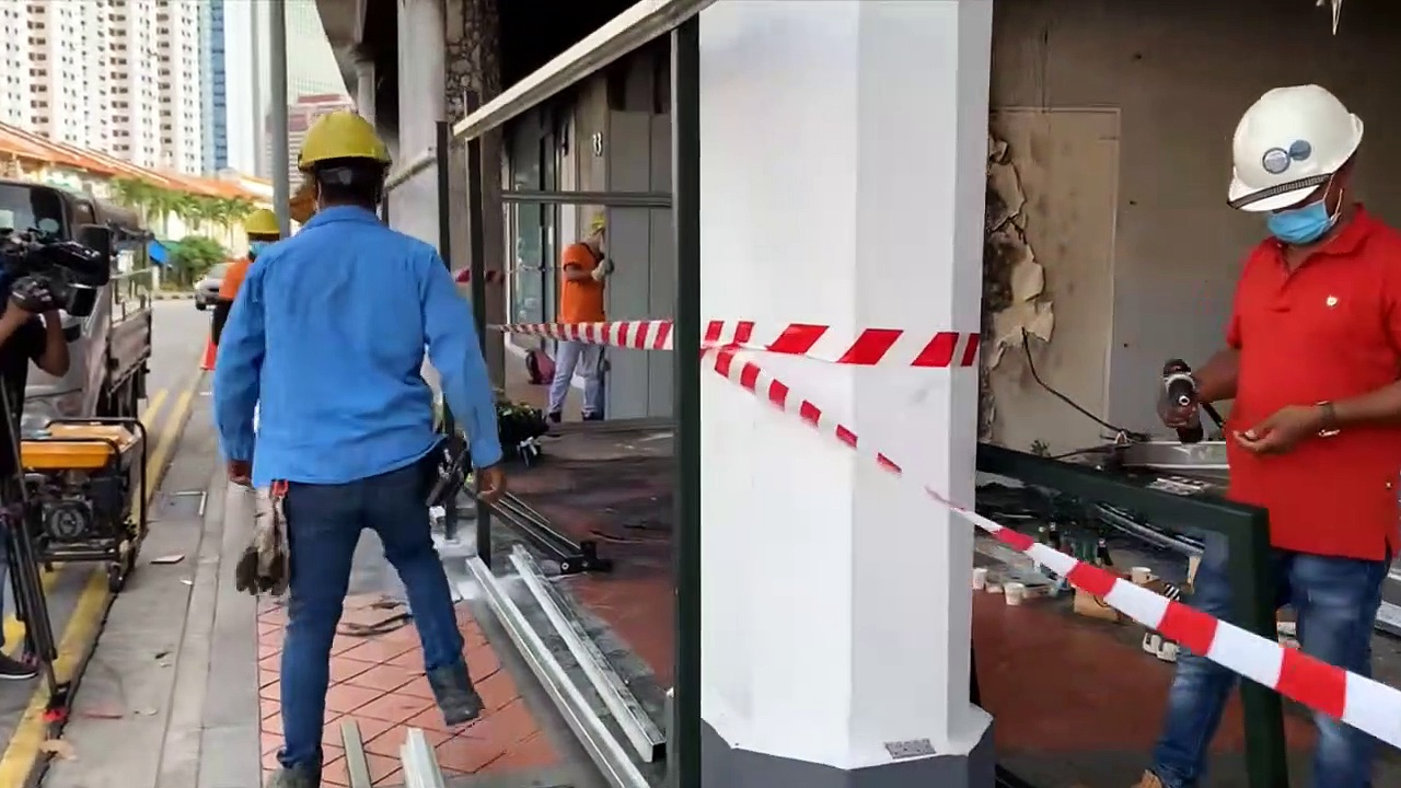 Tanjong Pagar Car Crash: Workers Install Metal Beams To Cover The Accident Site On Feb 14, 2021