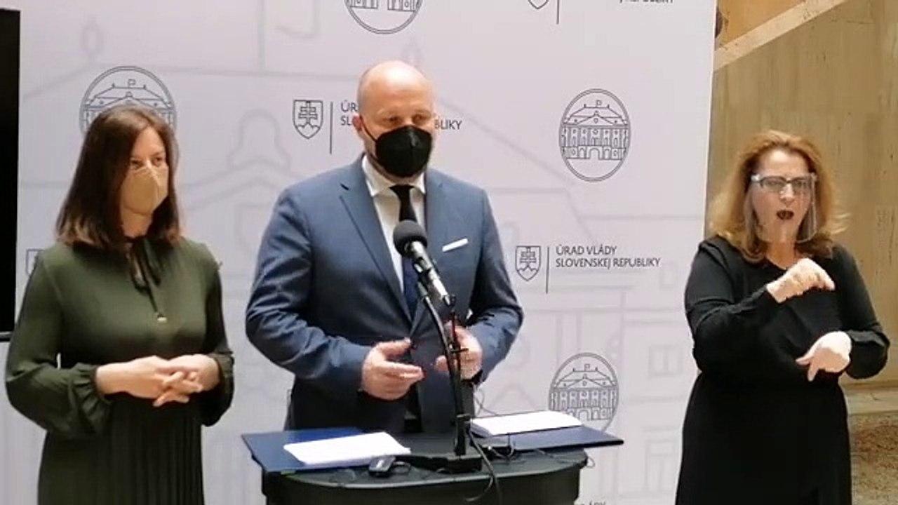 ZÁZNAM: Brífing ministerky kultúry N. Milanovej a ministra obrany J. Naďa