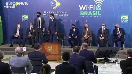 """الرئيس البرازيلي  يلمح إلى أن الصين تسببت بالجائحة لشن """"حرب كيميائية"""""""