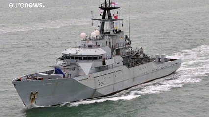 """""""توتر جديد في ملف صيد الأسماك"""".. فرنسا وبريطانيا ترسلان قطعاً بحرية باتجاه جزيرة جيرسي"""