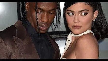 Kylie Jenner et Travis Scott : complices et tactiles en boîte, le couple se reforme ?