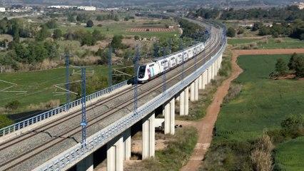 """Ouigo se estrena con su primer viaje en España: """"El tren que desde hoy va a popularizar la alta velocidad"""""""