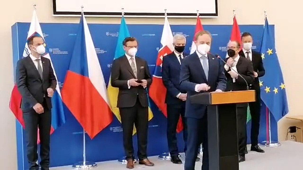 ZÁZNAM: Spoločná tlačová konferencia ministrov krajín C5 a Ukrajiny