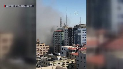 Israel destroys building which contains offices for Al Jazeera, Associated Press