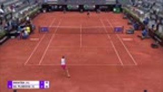 Swiatek double-bagels Pliskova to claim Italian Open title
