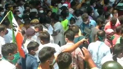 Ruckus outside CBI office after TMC leaders got arrested