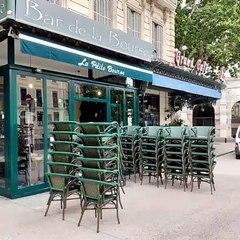 Les terrasses des cafés et restaurants dans les starting blocks à Nîmes, avant mercredi 19 mai