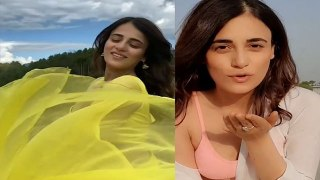 Radhika Madan की Social Media पर Viral हुई Sexy Reels, Check Out Video | FilmiBeat