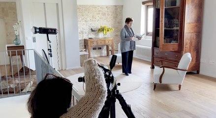 Las mejores casas de las lectoras: la masía moderna de la abuela Dolors en Girona