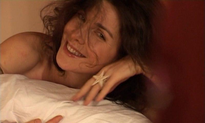 Clara Bellar : Samba e Amor