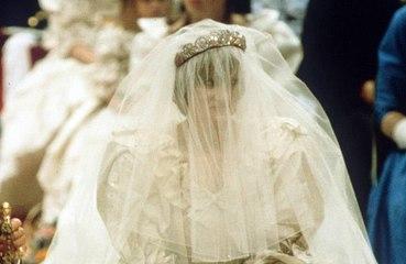ダイアナ妃のウェディングドレスが一般公開