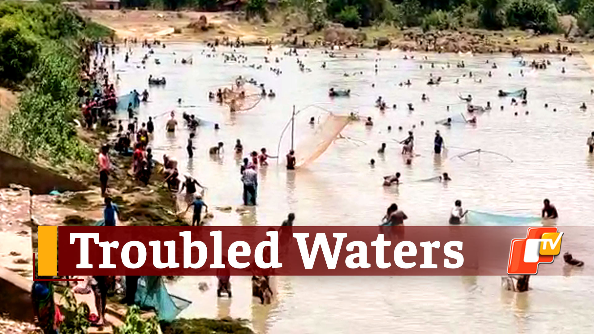 Hundreds In Odisha Gather For Fishing In Village Pond During #COVID19 Lockdown