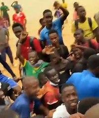 Thủ môn Edouard Mendy được chào đón như người hùng ở quê nhà Senegal sau khi vô địch Champions League cùng Chelsea