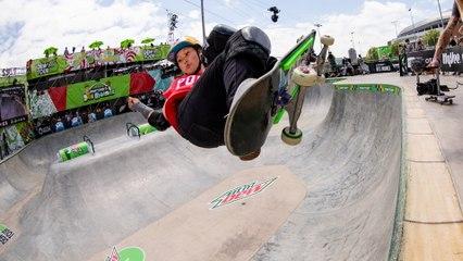 Video Highlights: Best of Women's Park Skateboarding   Dew Tour Des Moines 2021