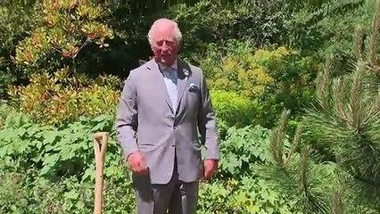 Prince Charles visits Oxford Botanic Garden on anniversary