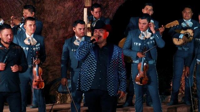 Chuy Lizárraga y Su Banda Tierra Sinaloense - No Pienso Regresar
