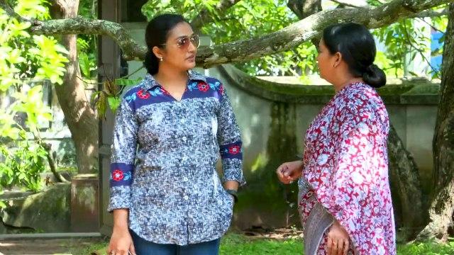 Swapna asking to Vijay