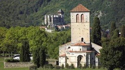 Mémoire et création architecturale au village de Saint-Bertrand-de-Comminges