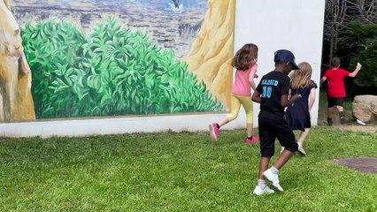 Des parents d'élèves de mobilisent pour une famille congolaise - Reportage TL7 - TL7, Télévision loire 7