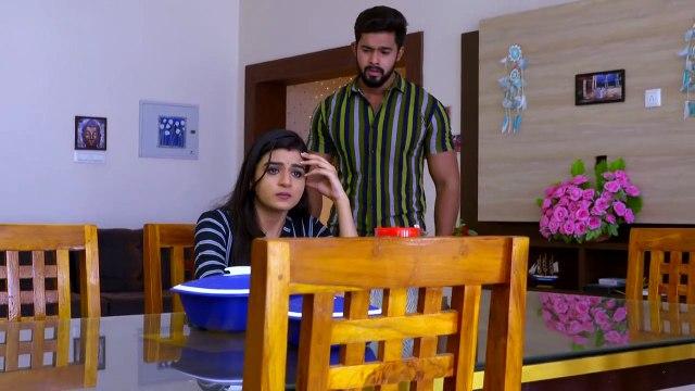Kalyani think about Paru