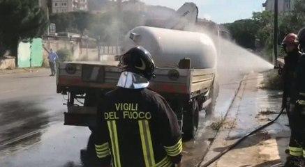 Palermo - Gas fuoriesce da cisterna Gpl ribaltata: intervengono Vigili del Fuoco (11.06.21)