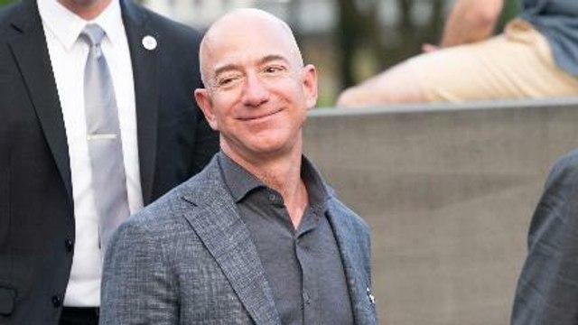 Muncul Petisi Larangan Jeff Bezos Balik Ke Bumi