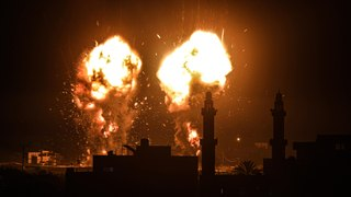 Israel mounts Gaza Strip airstrike in response to incendiary balloons
