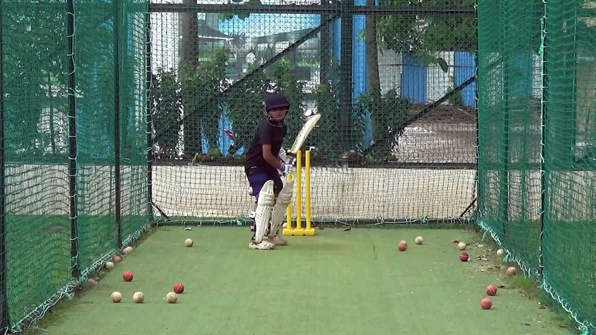 Playing Pace & Spin Bowling