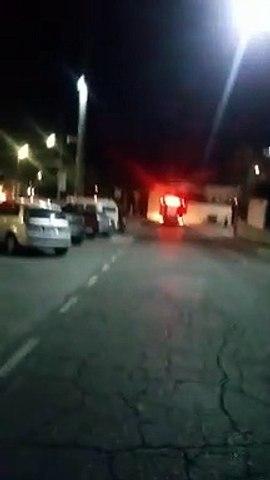 Vídeo mostra trabalho dos bombeiros e do Samu no Coliseu da Carne, em Contagem