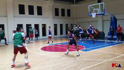 Blackwater working on half-court offensive sets
