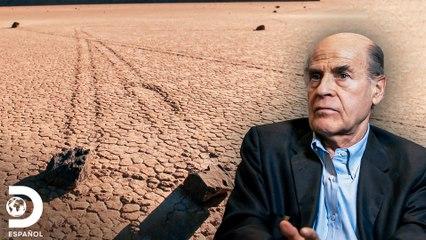 El misterio de las rocas viajeras del desierto | Los Secretos de la Nasa | Discovery En Español