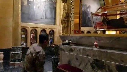 Il Generale Figliuolo davanti al corpo di Santa Rita