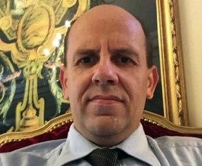 """Emmanuel Desfourneaux (Observateur et analyste politique) : """"Des magistrats Français seraient envoyés au Sénégal pour rédiger les lois"""""""