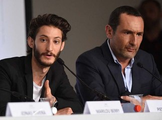 Gros craquage de Pierre Niney et Gilles Lellouche en plein direct sur BFMTV...