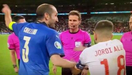 Giorgio Chiellini, mort de rire avant la séance de tirs au but pour la place en finale de l'Euro 2020