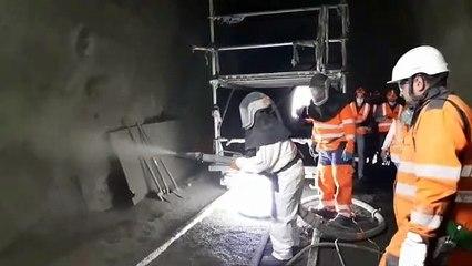 Travaux sur la ligne des horlogers : bétonisation de la paroi du tunnel de Remonot