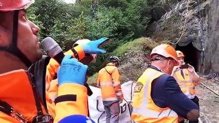 Travaux sur la ligne des horlogers : les parois de roche couverte de filets de sécurité