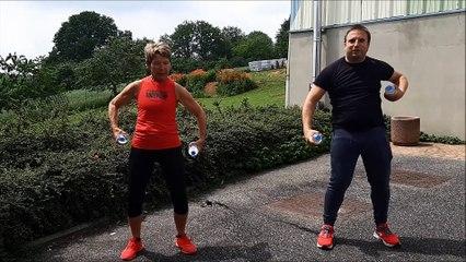 120721 - La minute sport avec Janine - Exercice bouteille 2