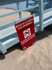 Playas de California cierran después de una fuga de aguas residuales en una planta de t
