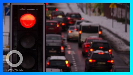 49 Kali Terobos Lampu Merah Pakai Mobil Mantan Untuk Balas Dendam - TomoNews