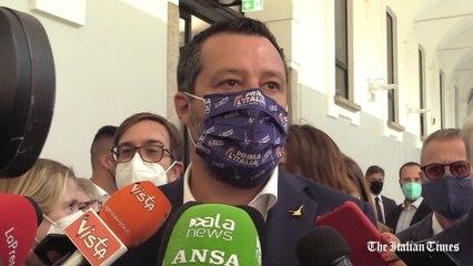 """Vaccini, Salvini: """"Lo farò ad agosto e faremo un cocktail party"""""""