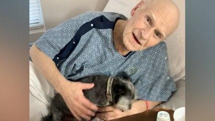 Hombre hospitalizado encantado de volver a ver a su perro