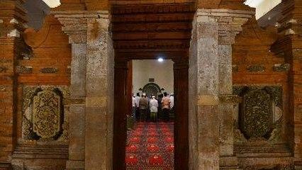 Masjid Menara Kudus Dibangun Pakai Batu Dari Palestina