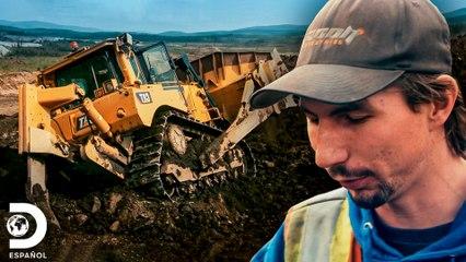 Maquinaria de Parker Schnabel se atasca en el lodo | Fiebre del Oro | Discovery En Español