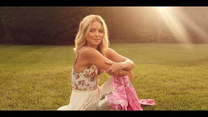 Kelly Ripa to Release First Book Live Wire in 2022 An 'Honest