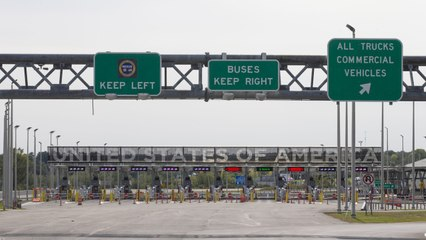 U.S. to Keep Land Borders With Canada, Mexico Closed Despite Canadian Announcement to Welcome Americans