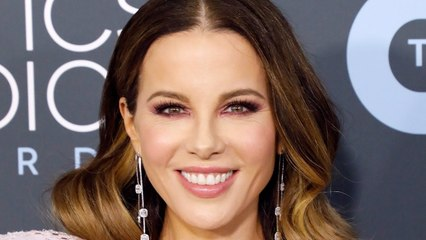 """Kate Beckinsale Claims She's """"Never Been on a Date"""" Despite Being"""
