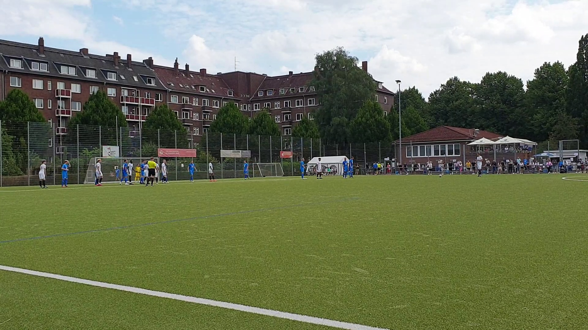AFC-Youngstee Niklas Bär mit einem Traumtor!