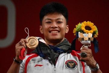 Atlet Angkat Besi Kembali Torehkan Medali Untuk Indonesia